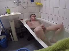 Str8 boy takes a bath and cums