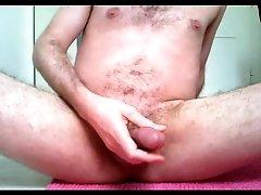 anal gewichst und abgespritzt