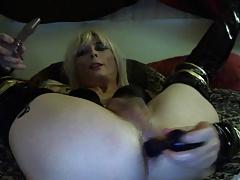 Sexy Tasha Blond Crossdresser Dildos Ass