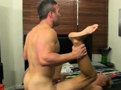 Mobile gay porn thai men kiss men xxx Even straight muscle m