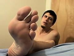 Free foot fetish emo porn video Thug Boy Bentleys Sticky Foo