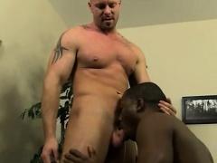 Twinks gay s JP gets down to service Mitch's stiff man rod b